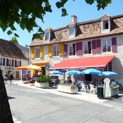 A Montmorillon, vous trouverez de nombreux bars et restaurants