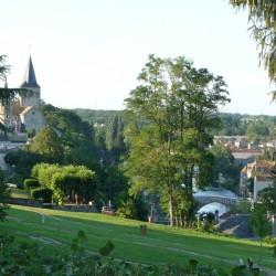Vue sur Montmorillon et la Gartempe depuis la Maison DIeu